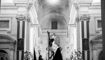 Iglesia Mayor. Procesión del crucificado. María Benitez